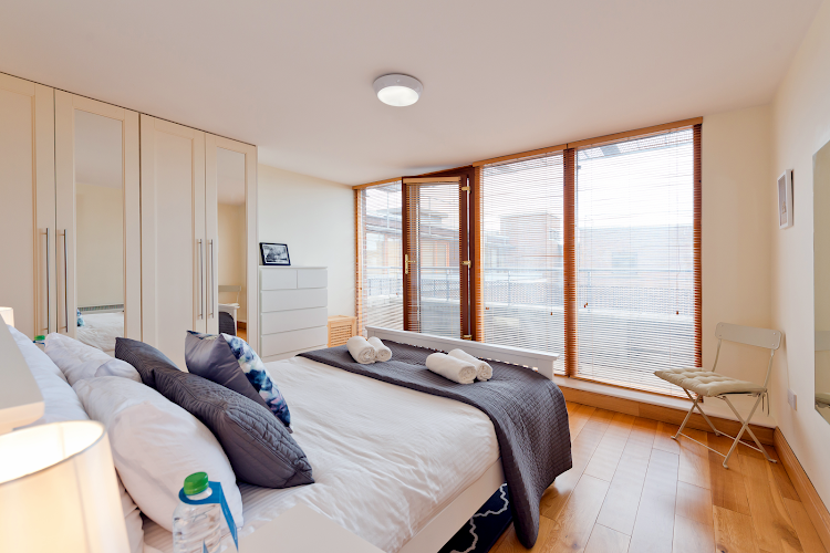 Luxury bedroom at Ringsend Road