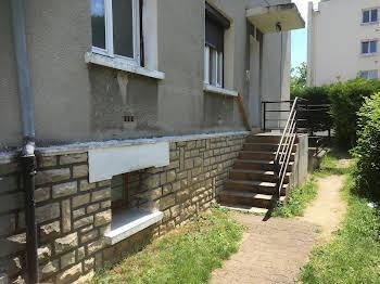 Maison 13 pièces 200 m2