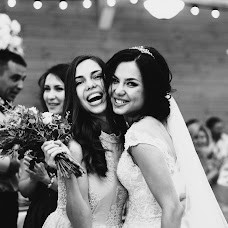 Wedding photographer Anna Pticyna (keepmomentsru). Photo of 09.08.2017