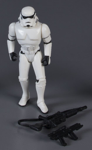 Action figure:Star Wars Power of the Force 2: Stormtrooper with Blaster Rifle