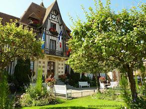 Photo: La Mairie de Deauville