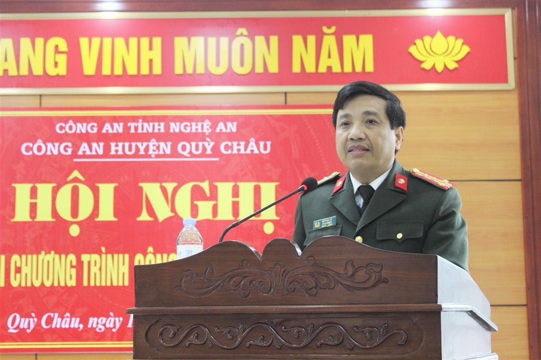 Đồng chí Đại tá Hồ Văn Tứ – Phó Bí thư Đảng ủy, Phó Giám đốc Công an tỉnh phát biểu chỉ đạo tại Hội nghị.