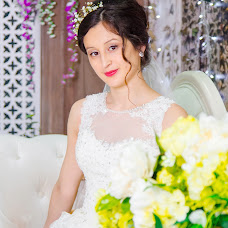 Wedding photographer Darya Samushkova (DaryaLeon). Photo of 24.03.2016