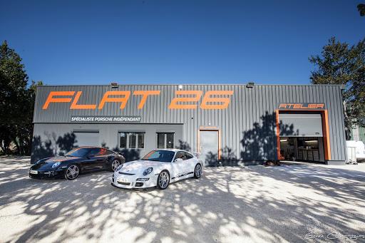Garage Porsche Flat 26 à Grignan en Drôme