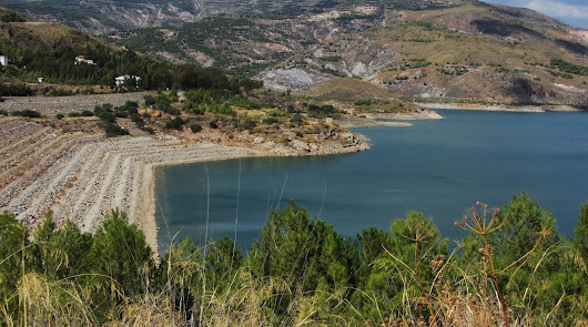 Las lluvias de noviembre fortalecen los embalses de Benínar y Cuevas
