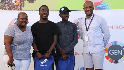 (L-R) Sina Legong, Geekulcha GM, the #GkHack19 winners Phathutshedzo and Ndivhuwo Khabubu, and Kizito Okechukwu, GEN 22 on Sloane co-chair.