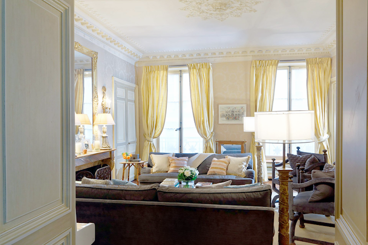 Living area at Saint Germain apartment