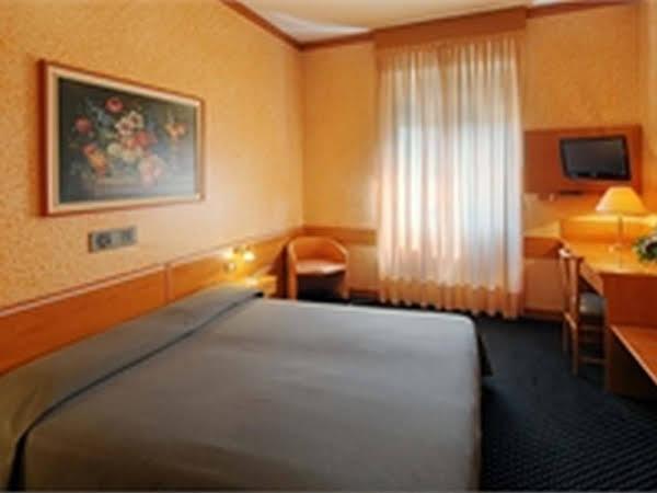 Hotel Mentana