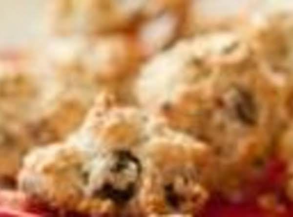 Nutty Date Macaroons