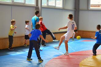 Photo: Petit match de foot pour s'échauffer