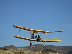 Photo: Bloop 4 on final landing approach with a soaring instrument mounted on the nose tube.