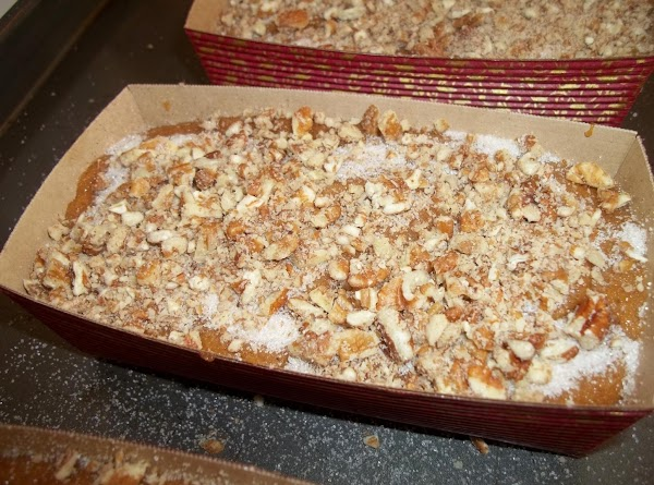 I sprinkled with sugar/cinnamon and pecans.  If using sugar and nut topping : I used...