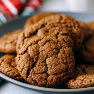 Chewy Ginger Molasses Cookies Recipe