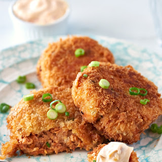 Spicy Canned Salmon Cakes Recipe
