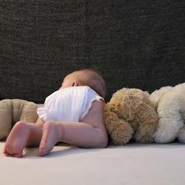 bums by Carola Mellentin - Babies & Children Babies (  )