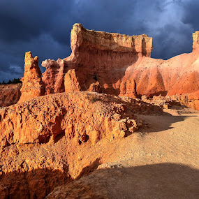 Approaching storm by Terry Niec - Landscapes Caves & Formations ( utah, formations, sandstone, storm, morning, bryce canyon,  )