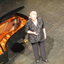 Photo: Linda WATSON beim Benefizkonzert in der Wiener Staatsoper am 3.11. 2013. Foto: Klaus Billand