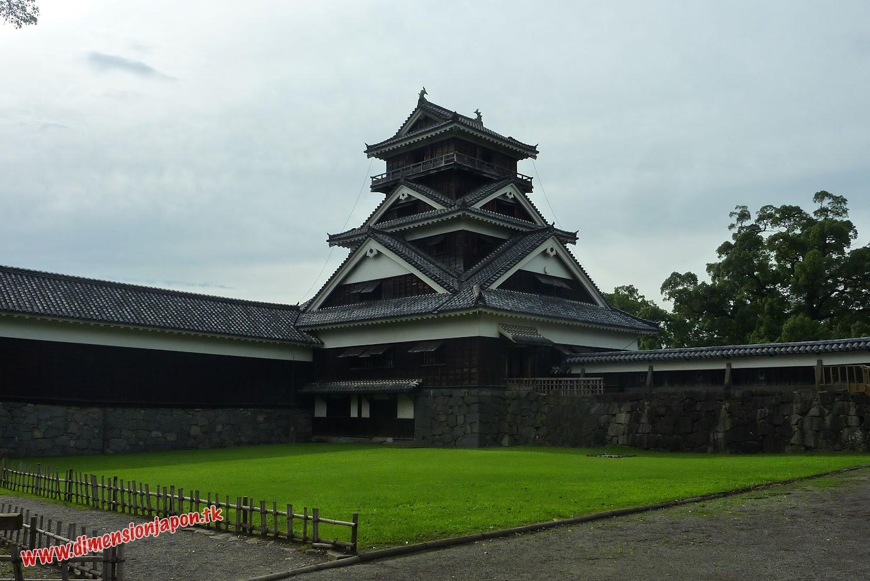 P1060997 Una torre del Castillo de Kumamoto (Kumamoto) 15-07-2010