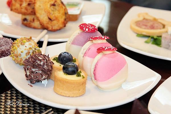 香格里拉台南遠東國際大飯店:周末療癒限定!午后的繽紛下午茶之約,奢華甜點放題供應:【繽紛吧】週末甜品自助餐