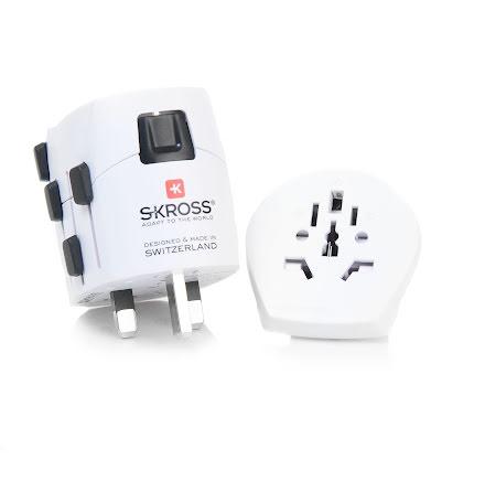 SKROSS Reseadapter 150 länder med USB laddare