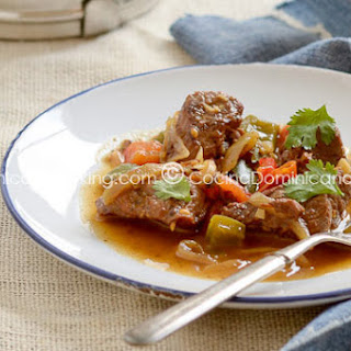 Res Guisada Recipe (Dominican Braised Beef)
