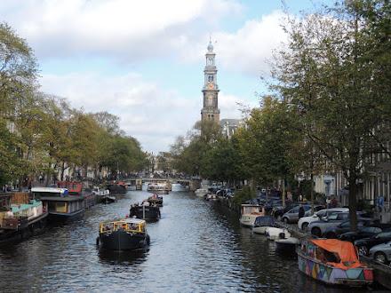 Foto: Op de achtergrond de Westerkerk.