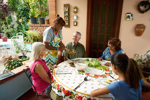 DR-Traveler-Local-Shared-Meal-14.jpg - Dine with local residents in the Dominican Republic.