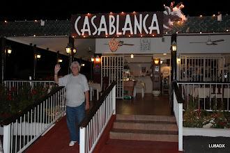 Photo: Roberto LU2FA a la salida del restaurante