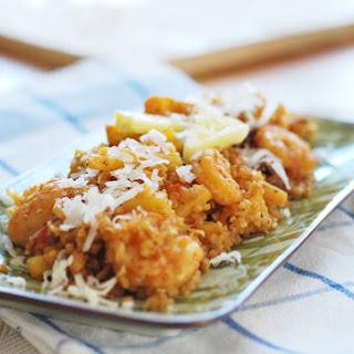 """Pineapple Coconut Shrimp """"Fried"""" Quinoa Recipe"""
