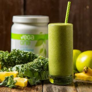 Apple & Kale Green Smoothie.