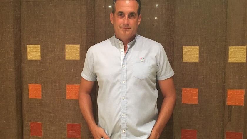 """Jose Francisco Murillo Yélamos, \""""el maestro Jose\"""" para sus alumnos del Ceip. Buenavista en Huércal de Almería."""