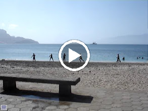 Video: MOVIE - Laguna beach near to Port at Mindelo