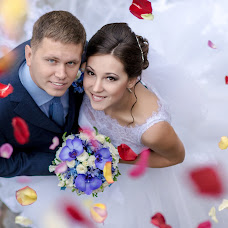 Wedding photographer Yuriy Kuzakov (Omchak80). Photo of 29.11.2014