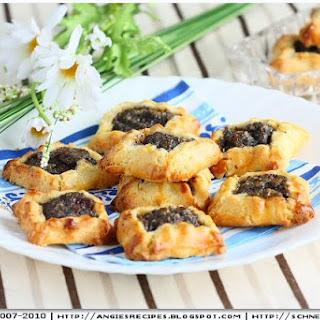 Poppy Hamantaschen Cookies