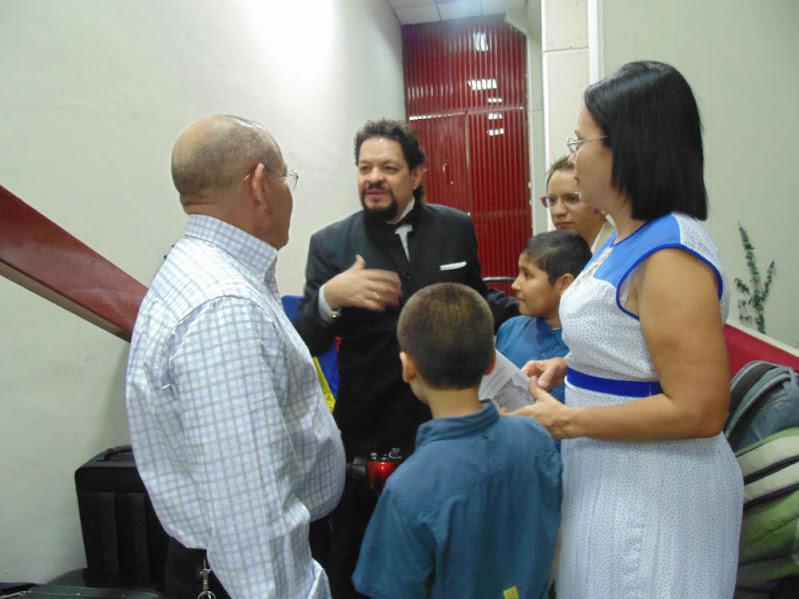 El gobernador Rodríguez Chacín, junto a la Primera Combatiente, Carola Martínez conversó con el maestro Carreño y con el coordinador regional de El Sistema, Jesús Morín Duarte