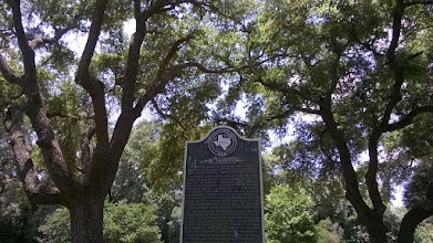 Photo: Marker Fort Tenoxtitlan near Caldwell - early border security! (keeping Anglos out of Mexico)
