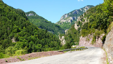 Photo: Vionenné canyon /Provence/ https://www.youtube.com/watch?v=D7f6jD2R3T8