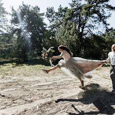Nhiếp ảnh gia ảnh cưới Aleksandr Korobov (Tomirlan). Ảnh của 24.12.2018