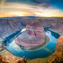 Horse Shoe bend by Dean Mayo - Landscapes Caves & Formations ( water, lake powell, page, arizona, horseshoe bend, rocks )