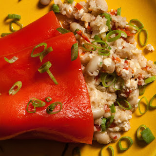 Slow Cooker Quinoa-Stuffed Peppers