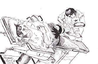 Photo: 手術中2012.06.04鋼筆 汪醫師正在為收容人手術取出骨釘…