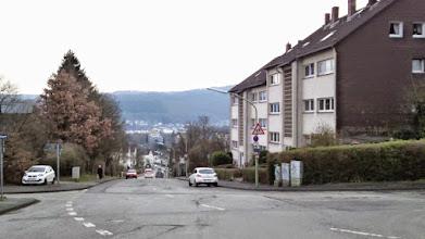 Photo: Am Straßenstern Schülinghauser Straße, Büddingstraße, Spielbrinkstraße, In der Hülsche, Talweg. Blick nach Süden