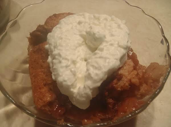 Cinnamon Nut Peach Cobbler Recipe