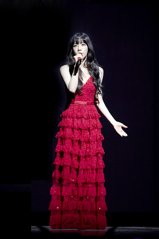 taeyeon gown 16