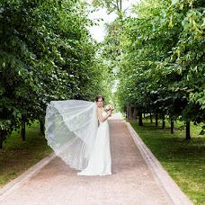 Wedding photographer Alena Mezhova (MezhovA). Photo of 23.12.2015