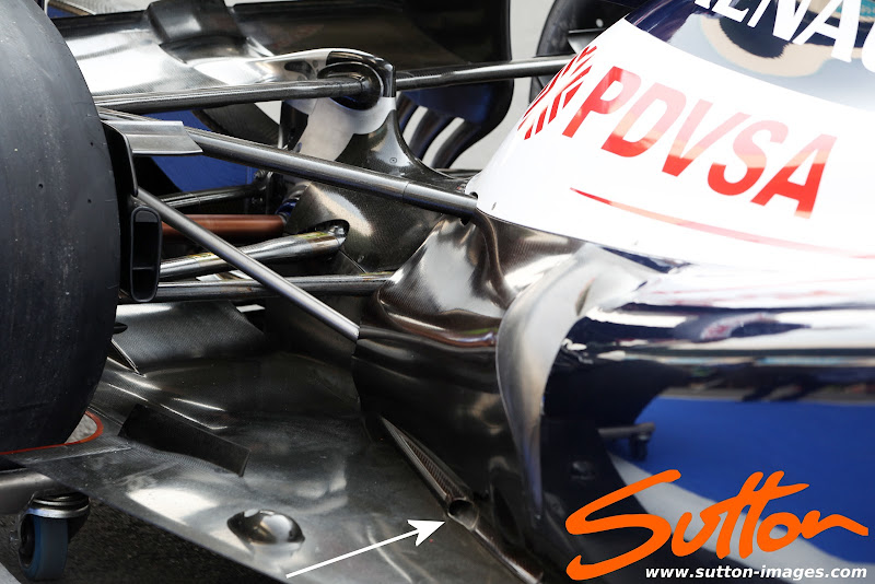 Photo: Williams FW34 rear floor and rear suspension detail.1 Formula One World Championship, Rd17, Indian Grand Prix, Buddh International Circuit, Greater Noida, New Delhi, India, Preparations, Thursday 25 October 2012.