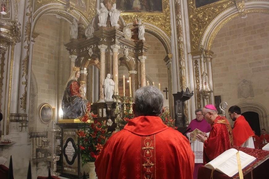 El obispo de la Dióceis, Adolfo González Montes, presidió la misa estacional.