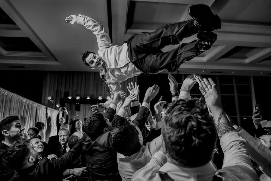 Wedding photographer Víctor Martí (victormarti). Photo of 25.01.2018