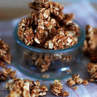 Cinnamon Maple Granola Clusters