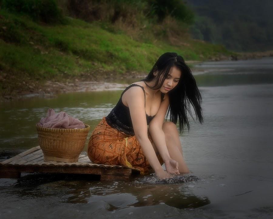 Fallen Angel by Agung Hendramawan - People Portraits of Women ( #modelling, #modelphotography, #models, #model )